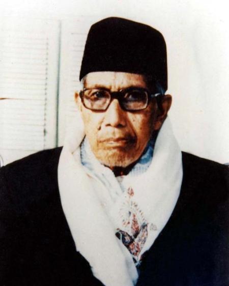 KH. Imam Zarkasyi